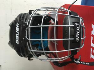 Bauer kids helmet  size small