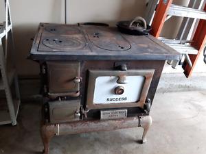 1930s antique wood burning stove
