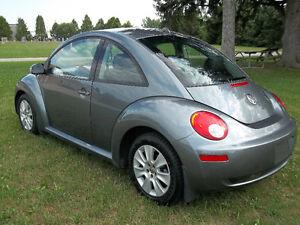 2008 Volkswagen Beetle Trendline Coupe (2 door) Kitchener / Waterloo Kitchener Area image 4