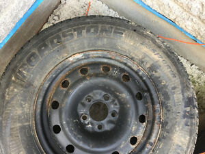 1 Roadstone WINGAURD SUV tire -Lots of Tread left