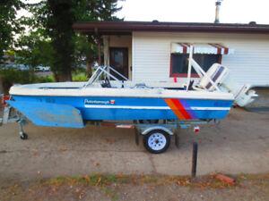Tri hull boat with 60 hp Johnson