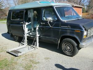 1984 Ford E-Series Van wheel chair