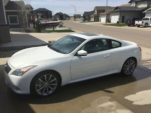 2009 Infiniti G37 Sport Coupe BEAUTIFUL (2 door)