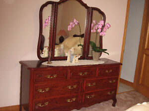 COMPLETE BEDROOM FURNITURE SET- pet and smoke free home