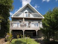 Tiwi Cottage, Waterfront Tobermory Bruce Peninsula Fall Rentals