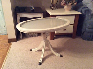 Antique Duncan Phyfe side/ end table