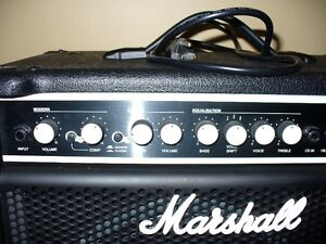 Bass Amp 30 watts by MARSHALL