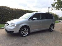 VW TOURAN 2.0 TDI 2005 DIESEL. DSG AUTOMATIC. 1 YEARS MOT. 7 SEATER. DRIVES PERFECT.