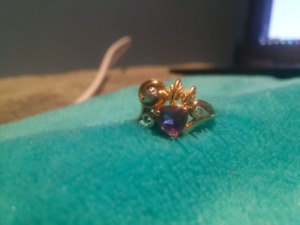 14k gold ring with Amethyst stone size 7