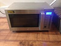 QUICK SALE COMMERCIAL MICROWAVE GOING CHEAP £150