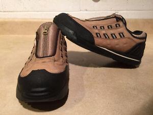 Women's Terra Slip-On Steel Toe Work Shoes Size 6.5