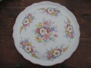 Vintage James Kent Cake Plate and Lifter Prince George British Columbia image 2