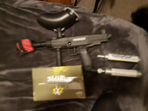 paintball gun, paint, co2