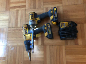 De Walt Drill & Impact driver with Charger (20V)