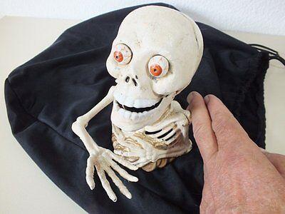 Spardose Sparschwein Totenkopf Totenschädel Eisen Skull, Gothic, frisst Münzen