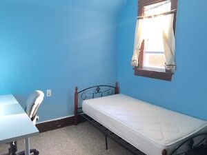 Uptown  House wt ALL Utilities Internet n Laundry  Kitchener / Waterloo Kitchener Area image 1
