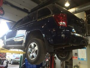 Parting out 2005 Jeep Grand Cherokee hemi off-road