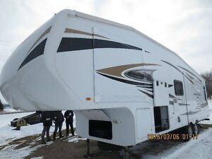 5th wheel camper wanted