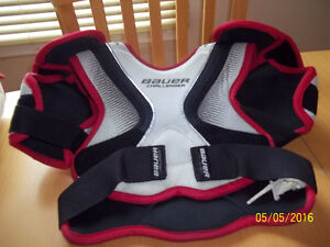 Hockey equipment  sold  as a package (kid  between 4 ft - 4ft9 )