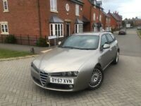 ALFA ROMEO 159 SPORTWAGON LUSSO 1.9 JDTm --- 6 SPEED MANUAL --- SERVICE HISTORY --- FREE DELIVERY
