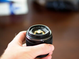 Panasonic 25mm f1.4 lens for Panasonic/Olympus mirrorless camera