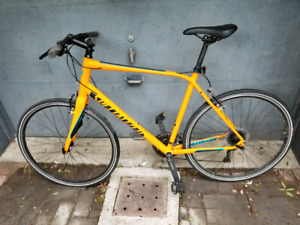 Specialized Sirrus Elite - Excellent Condition - XL frame - New