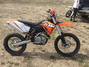 2010 KTM 400 XC-W *ONLY 21.1HRS