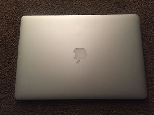 "2015 15"" Macbook Pro - like new condition"