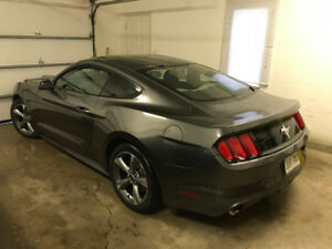 2015 MUSTANG, V6, 6SPEED MANUAL, $17000
