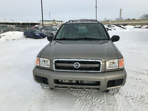 2003 Nissan Pathfinder Chilkoot Edition SUV, Crossover