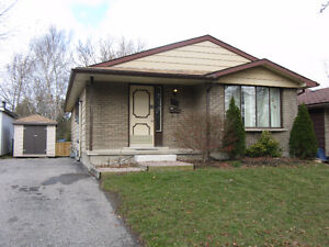 STUDENT ROOMS FOR RENT, HOUSE BASEMENT, 3 BEDS, WLOO, LAURIER