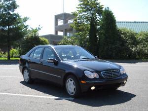 2003 Mercedes-Benz C-Class Black Sedan