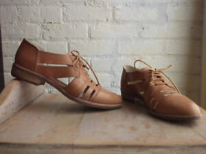 Women's Summer Oxfords (size 8)