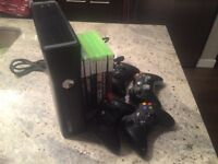 Xbox 360, 8 Games, 4 Controllers, HDMI Cable