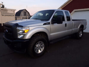 2012 Ford F-350, seulement 84000km