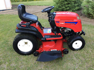 2006 Toro GT2100 Lawn and Garden Tractor