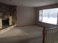 3 bedroom mainfloor with Garage
