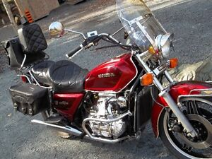 vintage, factory condition Honda gold wing