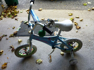 small kid's bike