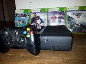 Great Condition Xbox 360 Slim Kinect Bundle (many games!)
