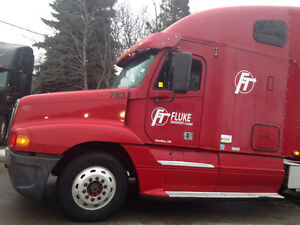 2007 freightliner bunk truck for sale