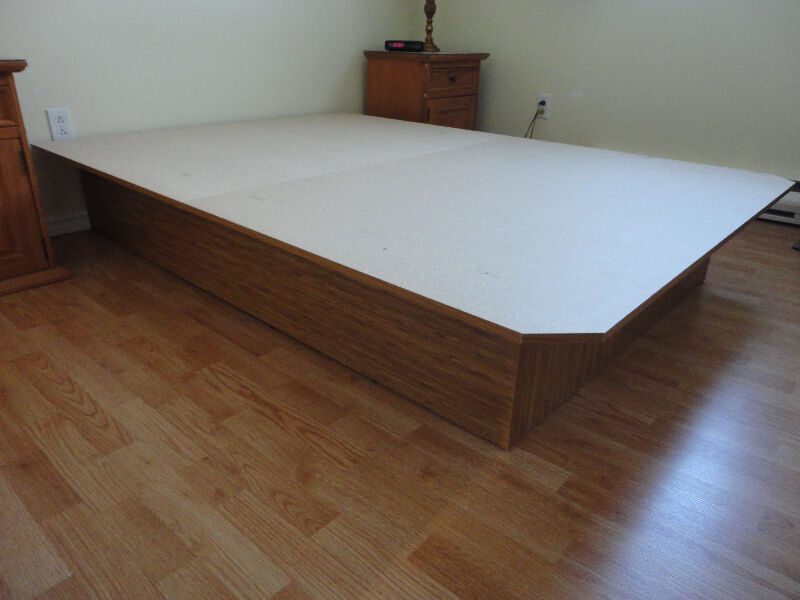Base de lit beds mattresses gatineau kijiji for Base de lit double kijiji