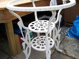 Table haute avec dessus en verre Gatineau Ottawa / Gatineau Area image 1