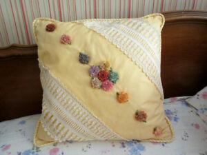Vintage Cotton & Lace Custom Decorative Flower Pillow / Coussin