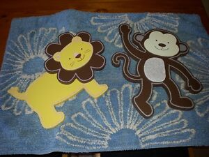 Monkey and Lion Wall Decor