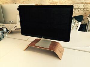 """27"""" Apple Thunderbolt Display"""