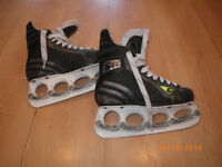 Graf G35 Skates with T-Blade Size 4