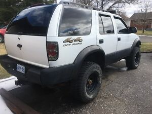 1998 Chevrolet Blazer LOADED + LIFTED