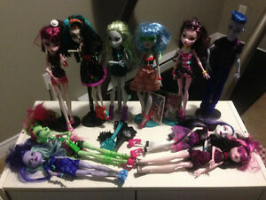 Monster High Dolls with Car