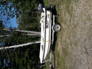 12foot Carolina skif with 25hp Yamaha and trailer